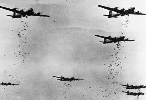 轰炸东京:一场精彩至极又恐怖无比的表演插图(6)
